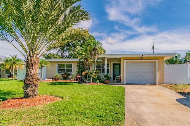 2463 Baywood Drive E, Dunedin, FL 34698 (MLS #U8102882) :: Real Estate Chicks