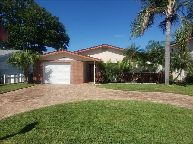 304 176TH AVENUE Circle, Redington Shores, FL 33708 (MLS #U8103067) :: Lockhart & Walseth Team, Realtors