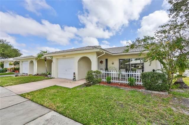 10435 Azalea Park Drive N #3, Pinellas Park, FL 33782 (MLS #U8103236) :: Young Real Estate