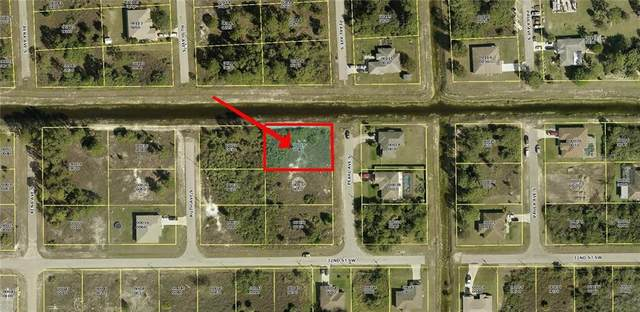 3100 Pearl Avenue S, Lehigh Acres, FL 33976 (MLS #U8103330) :: Delgado Home Team at Keller Williams