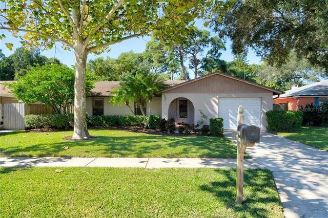 2036 Whitney Drive, Clearwater, FL 33760 (MLS #U8103759) :: Griffin Group