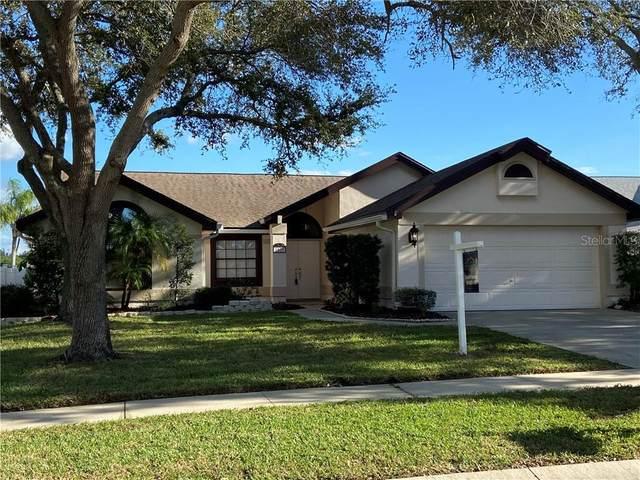 1957 Promenade Way, Clearwater, FL 33760 (MLS #U8104969) :: New Home Partners