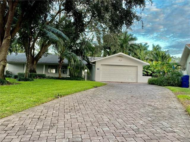 1110 81ST Street S, St Petersburg, FL 33707 (MLS #U8105022) :: Pristine Properties