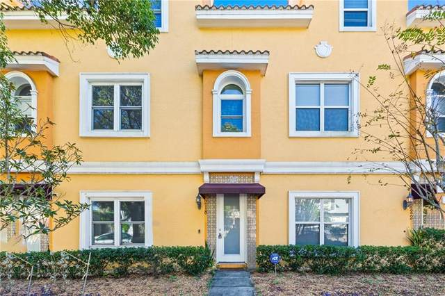 218 7TH Avenue N #218, St Petersburg, FL 33701 (MLS #U8105489) :: Heckler Realty