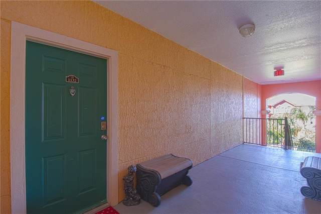 2747 Via Capri #1132, Clearwater, FL 33764 (MLS #U8105819) :: Premier Home Experts