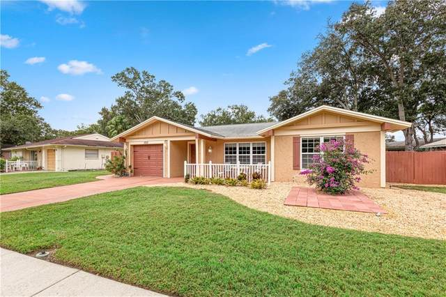 1010 Anchorage Lane, Palm Harbor, FL 34685 (MLS #U8105877) :: Burwell Real Estate