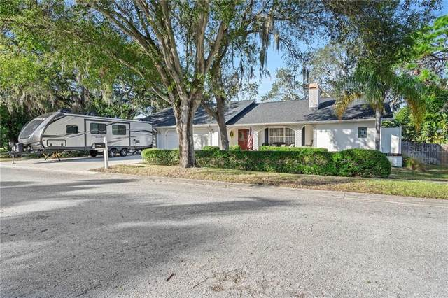 1041 Rosetree Lane, Tarpon Springs, FL 34689 (MLS #U8106004) :: RE/MAX Marketing Specialists