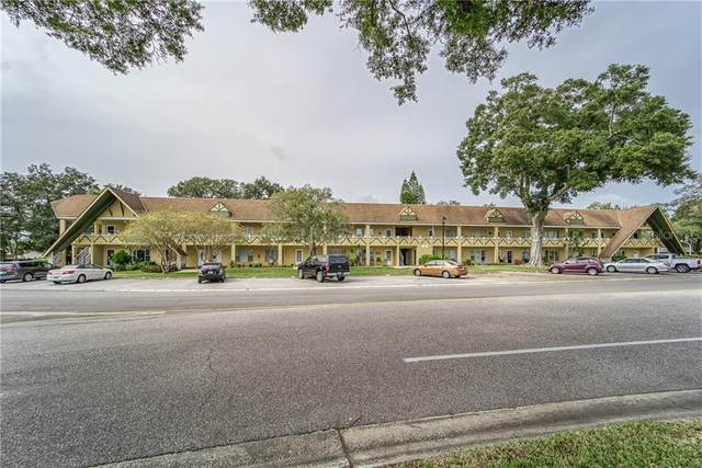 2000 World Parkway Boulevard #22, Clearwater, FL 33763 (MLS #U8106214) :: Bridge Realty Group
