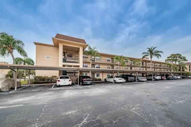 1370 Heather Ridge Boulevard #302, Dunedin, FL 34698 (MLS #U8110144) :: Everlane Realty