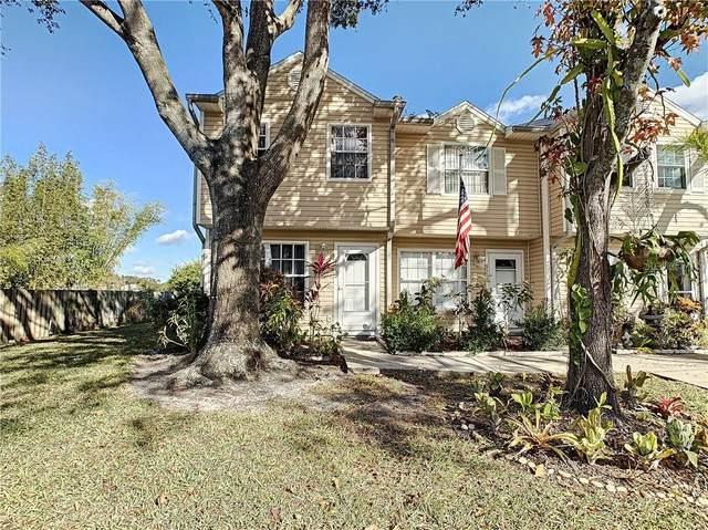 8550 J R Manor Dr, Tampa, FL 33634 (MLS #U8110434) :: Everlane Realty