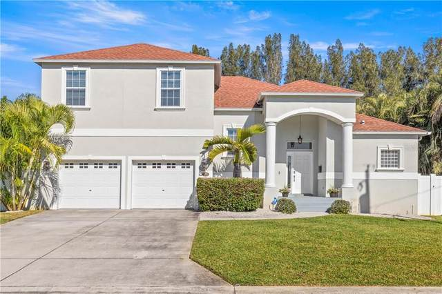 135 79TH Avenue NE, St Petersburg, FL 33702 (MLS #U8110937) :: McConnell and Associates