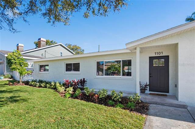 1101 Glenwood Drive, Dunedin, FL 34698 (MLS #U8110998) :: Team Borham at Keller Williams Realty