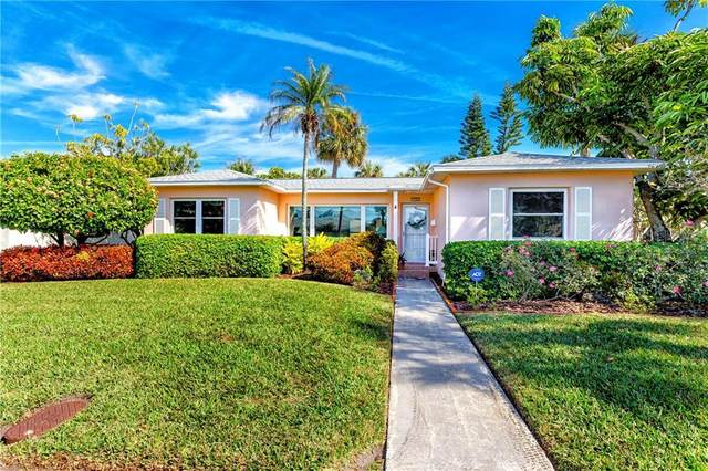 737 Bruce Avenue, Clearwater, FL 33767 (MLS #U8111794) :: CGY Realty