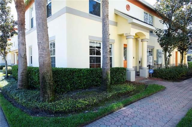 3865 Island Way, St Petersburg, FL 33705 (MLS #U8113474) :: The Hesse Team