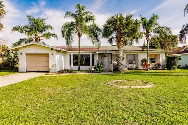 49 Oakland Hills Court, Rotonda West, FL 33947 (MLS #U8113560) :: RE/MAX Premier Properties