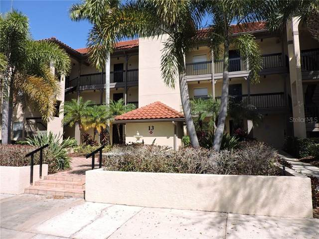 2400 Feather Sound Drive #1316, Clearwater, FL 33762 (MLS #U8114026) :: Team Borham at Keller Williams Realty