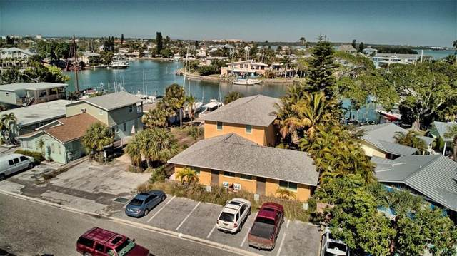 12955 Pelican Lane, Madeira Beach, FL 33708 (MLS #U8114377) :: Heckler Realty