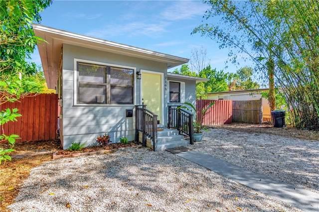 2165 43RD Terrace N, St Petersburg, FL 33714 (MLS #U8114383) :: The Hesse Team