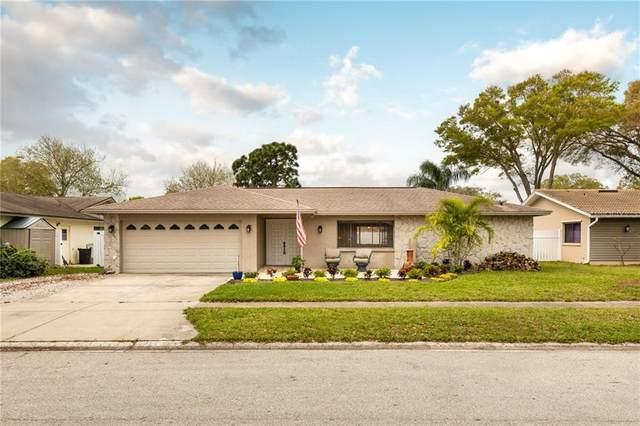 9252 120TH Street, Seminole, FL 33772 (MLS #U8115026) :: The Hustle and Heart Group