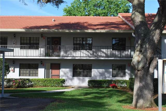 2040 Lakeview Drive #105, Clearwater, FL 33763 (MLS #U8115396) :: Delta Realty, Int'l.