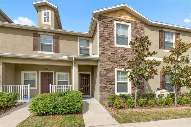 31213 Claridge Place, Wesley Chapel, FL 33543 (MLS #U8115475) :: The Duncan Duo Team