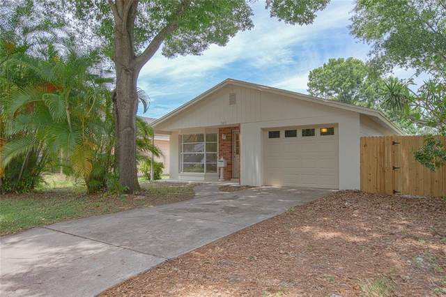 321 45TH Avenue N, St Petersburg, FL 33703 (MLS #U8115760) :: Pepine Realty