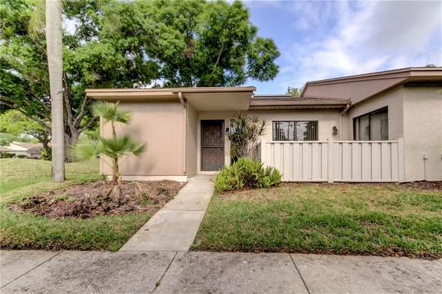 130 Sylvia Place #130, Oldsmar, FL 34677 (MLS #U8116838) :: The Brenda Wade Team