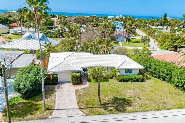 950 Narcissus Avenue, Clearwater Beach, FL 33767 (MLS #U8117460) :: Everlane Realty