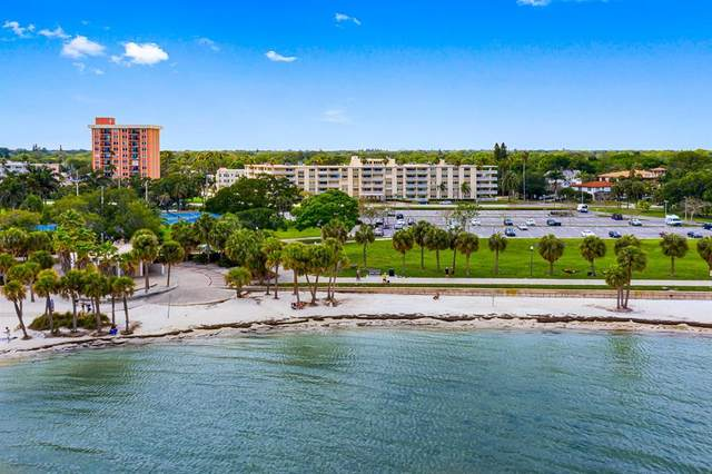 1200 N Shore Drive NE #216, St Petersburg, FL 33701 (MLS #U8118393) :: Visionary Properties Inc