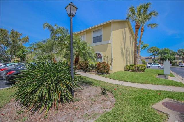 1523 Chateaux De Ville Court, Clearwater, FL 33764 (MLS #U8119008) :: Griffin Group