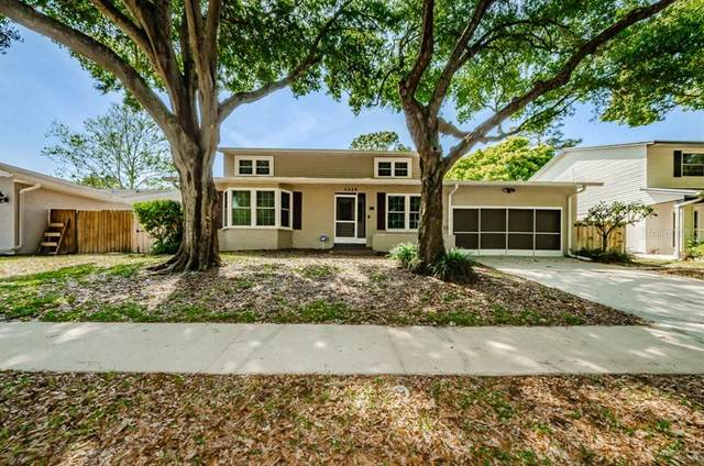 3329 Briarwood Lane, Safety Harbor, FL 34695 (MLS #U8119095) :: RE/MAX Marketing Specialists