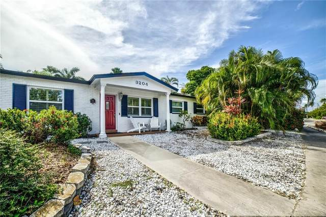 3204 E Maritana Drive, St Pete Beach, FL 33706 (MLS #U8119129) :: RE/MAX Local Expert