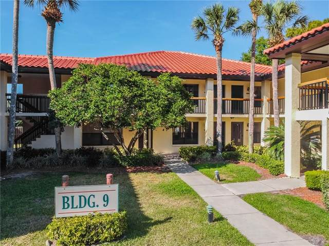 905 Hammock Pine Boulevard #905, Clearwater, FL 33761 (MLS #U8119310) :: Griffin Group