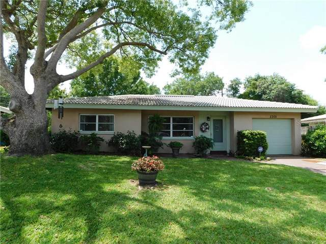 2305 Indigo Drive, Clearwater, FL 33763 (MLS #U8119579) :: McConnell and Associates
