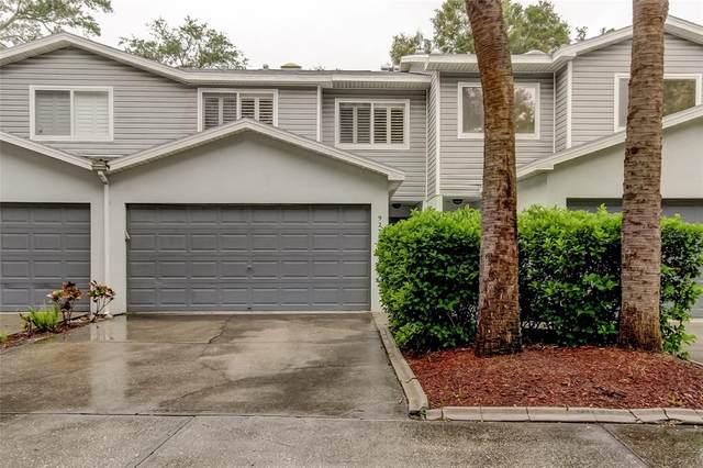 9235 Jakes Path, Largo, FL 33771 (MLS #U8119667) :: Team Buky