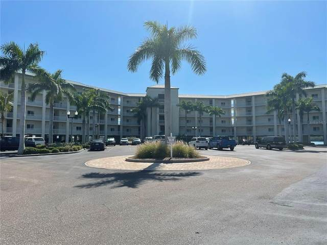 8800 Bay Pines Boulevard #406, St Petersburg, FL 33709 (MLS #U8119879) :: Kelli and Audrey at RE/MAX Tropical Sands