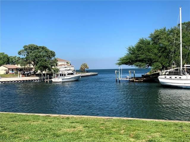 3642 Beach Drive SE, St Petersburg, FL 33705 (MLS #U8120090) :: Everlane Realty