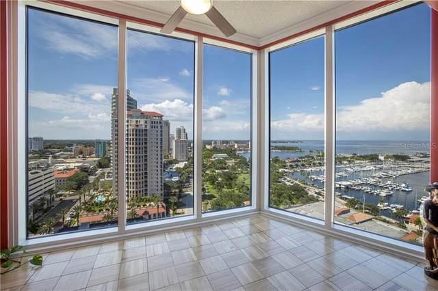 1 Beach Drive SE #1702, St Petersburg, FL 33701 (MLS #U8120338) :: Everlane Realty