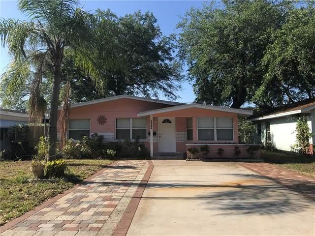 222 41ST Avenue N, St Petersburg, FL 33703 (MLS #U8120364) :: Bustamante Real Estate