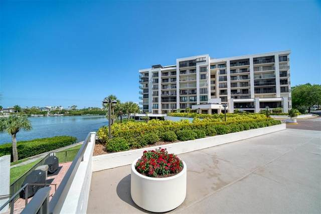 8 Belleview Boulevard #203, Belleair, FL 33756 (MLS #U8121020) :: Sarasota Property Group at NextHome Excellence