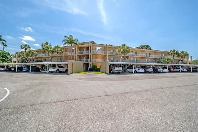 225 Country Club Drive D335, Largo, FL 33771 (MLS #U8121106) :: Sarasota Property Group at NextHome Excellence