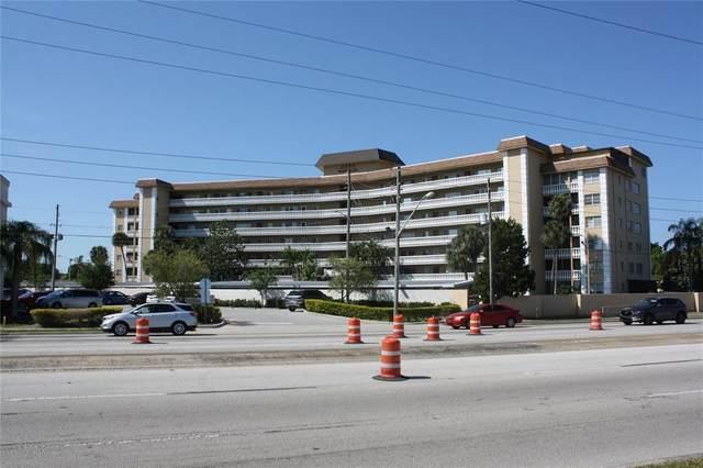 8950 Park Boulevard #307, Seminole, FL 33777 (MLS #U8121811) :: Griffin Group