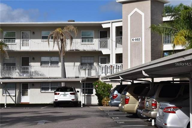 952 Virginia Street #103, Dunedin, FL 34698 (MLS #U8122267) :: Realty One Group Skyline / The Rose Team