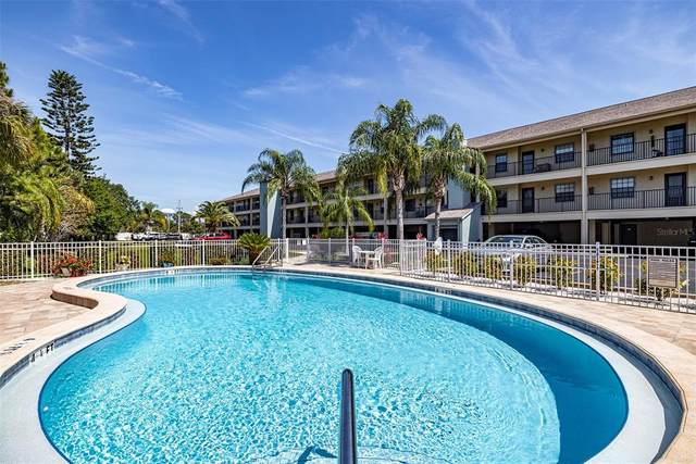 460 Paula Drive S #408, Dunedin, FL 34698 (MLS #U8122520) :: The Light Team