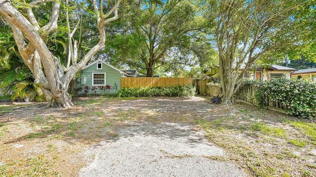 5165 42ND Place N, St Petersburg, FL 33709 (MLS #U8122552) :: Frankenstein Home Team