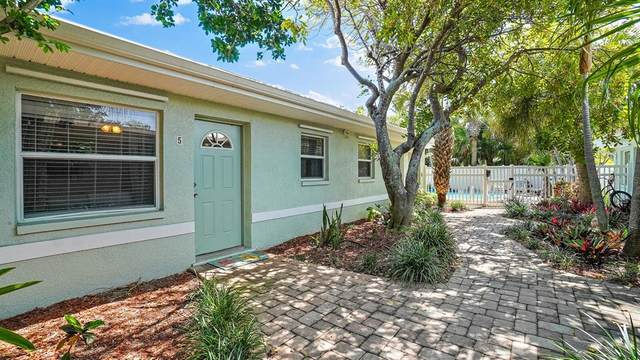 9030 Blind Pass Road D5, St Pete Beach, FL 33706 (MLS #U8122607) :: Visionary Properties Inc