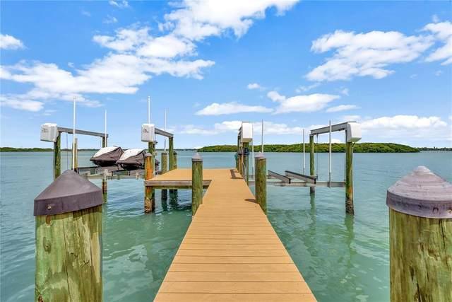 517 Johns Pass Avenue, Madeira Beach, FL 33708 (MLS #U8122684) :: RE/MAX Premier Properties