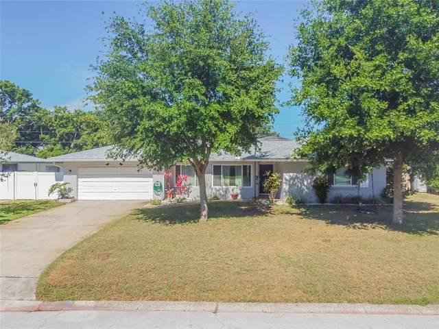 1004 Brookside Drive, Clearwater, FL 33764 (MLS #U8122716) :: Southern Associates Realty LLC