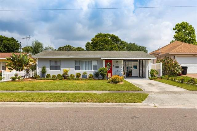 545 Northmoor Avenue N, St Petersburg, FL 33702 (MLS #U8123101) :: The Duncan Duo Team
