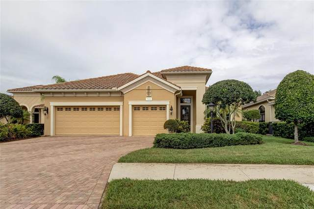7246 Lake Forest Glen, Lakewood Ranch, FL 34202 (MLS #U8123404) :: McConnell and Associates